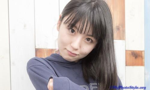 露花さん私服ポートレート