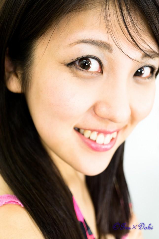 武井麻美さん私服ポートレート