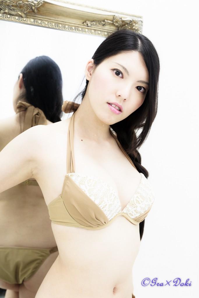 結城里佳子さん水着ポートレート