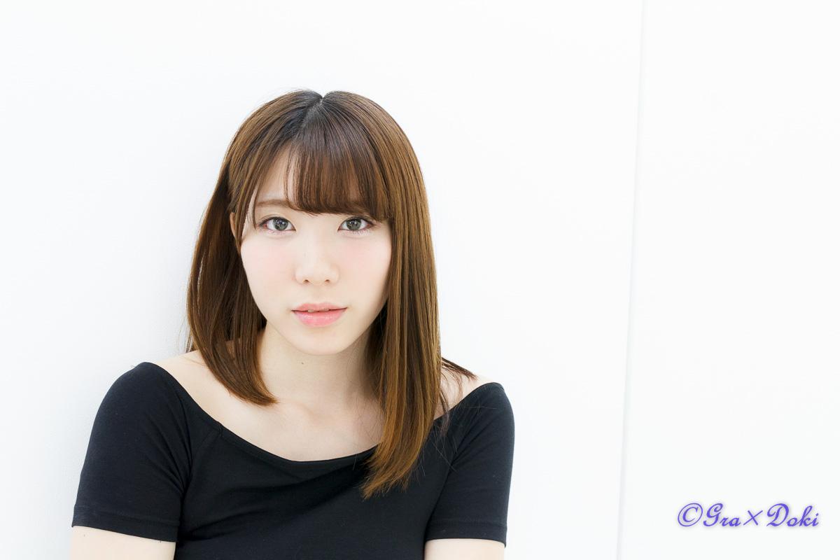 撮影会モデルの星合桃子さんの私服ポートレート