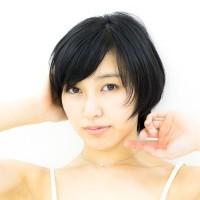 咲村良子 私服ポートレート